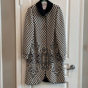 LIOLA MADE IN ITALY WOMENS BLACK AND WHITE COAT🖤